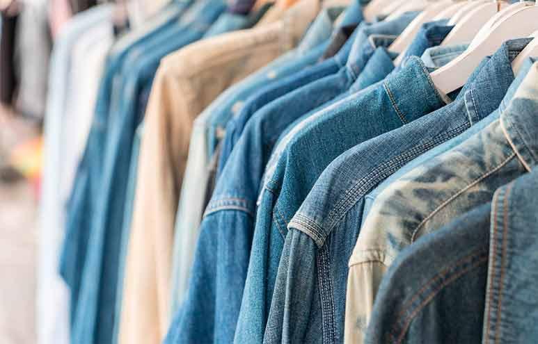 Los negocios de indumentaria están entre los más afectados: se debaten entre devolver mercadería o esperar medidas