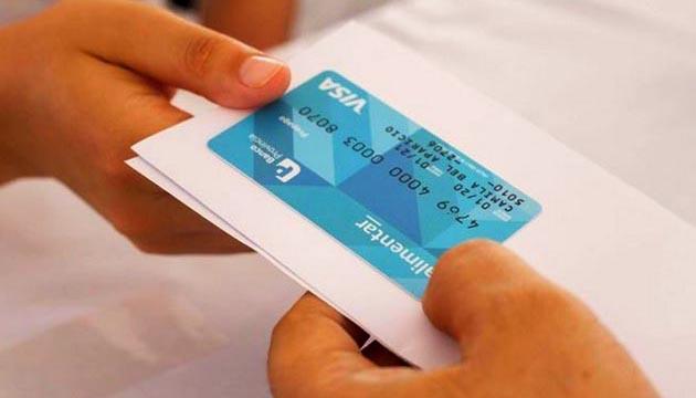 El Gobierno recargará la tarjeta el tercer viernes de cada mes
