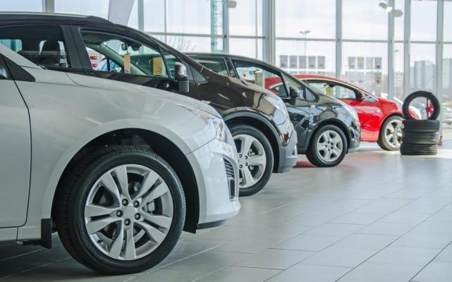 Concesionarios sin ventas de autos.