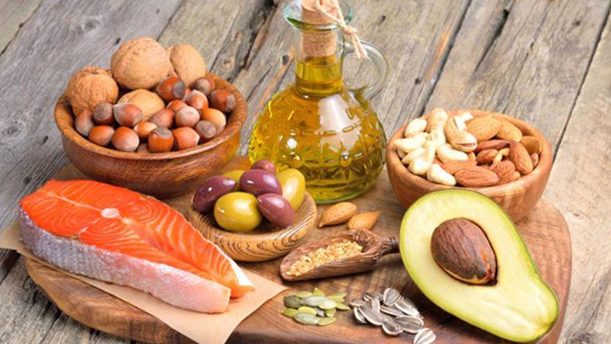 Las grasas se encuentran en todos los alimentos
