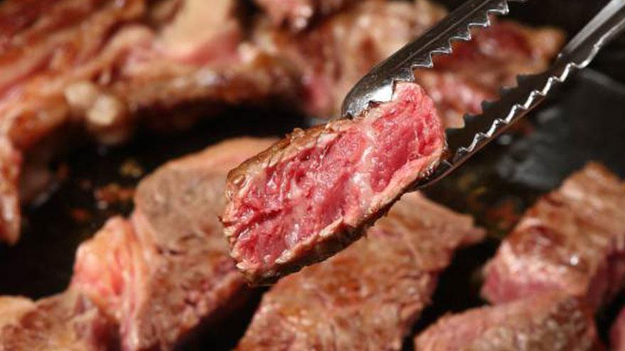 La grasa de la carne se debe consumir con moderación