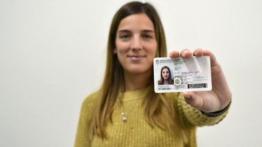Para cobrar el bono para desempleados de ANSES se debe presentar el DNI y fotocopia, entre otros documentos