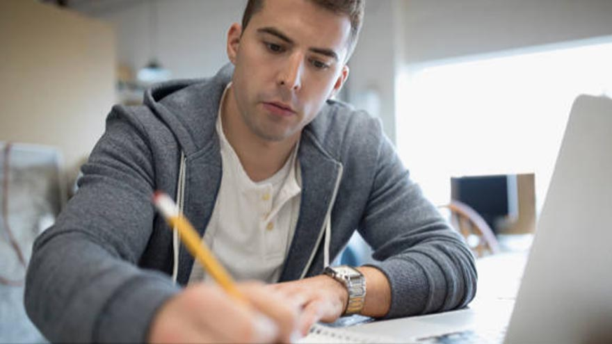 Para estudiantes de grado de carreras estratégicas las asignaciones de Becas Progresar pueden ser de más de 6900 pesos