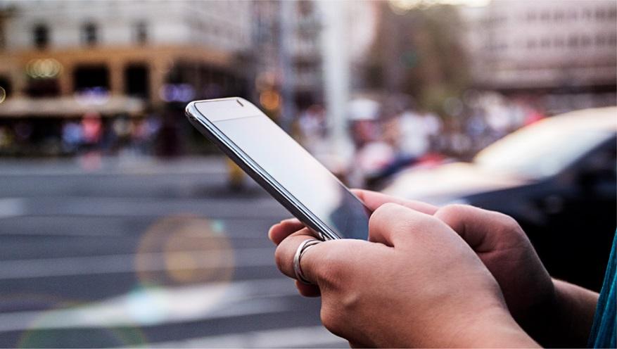 El uso de una app para pedir un taxi formará parte de la nueva normalidad