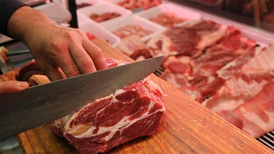 El consumo de carne tuvo un retroceso histórico durante 2020 en la Argentina.