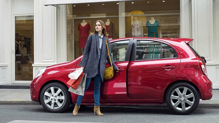 Las mujeres, protagonistas del mundo de los autos.
