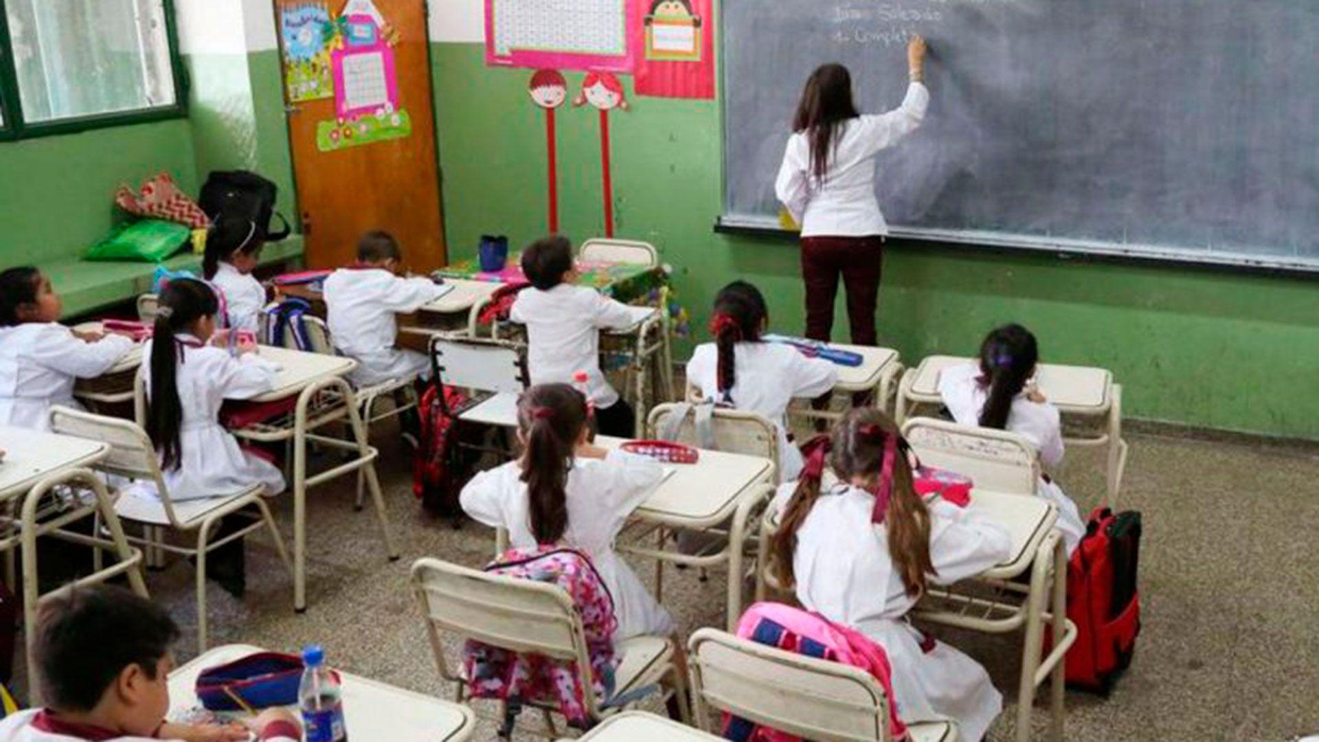 El retorno a las aulas dependerá de la situación epidemiológica que la Ciudad atraviese en ese momento