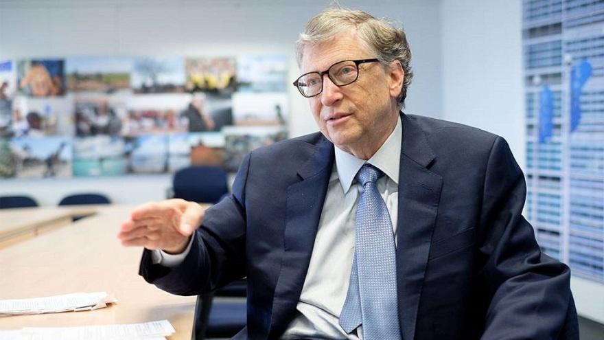 Bill Gates pidió una distribución justa de las partidas de vacunas