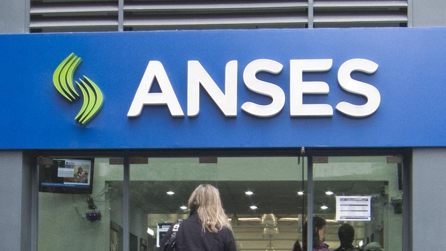 Bono para desempleados: cómo sacar turno en la ANSES