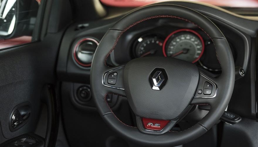 Renault Sandero R.S. por dentro.