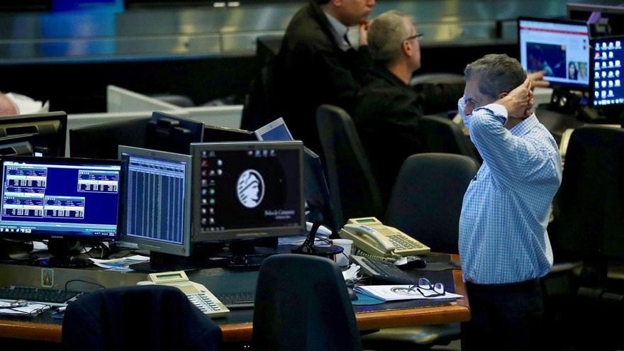 El riesgo país sube más de 20% en escasos días marcando la desconfianza con la Argentina