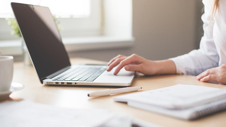 44% de los empleadores ofrecerá teletrabajo y horarios flexibles, y otro 34% propondrá trabajar 100% de manera remota