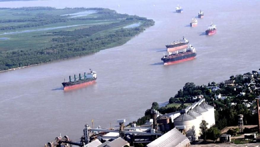 Más de 170 buques se aglomeran en torno a los puertos a la espera de que concluya el conflicto.