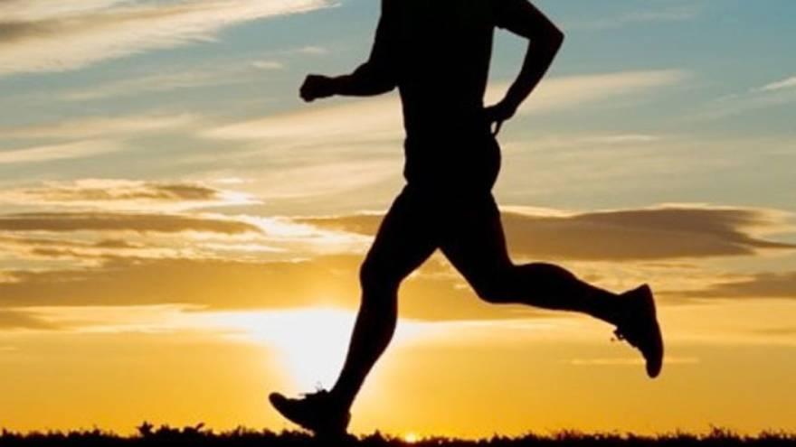 Se aconseja hacer actividad física lejos de la hora de dormir