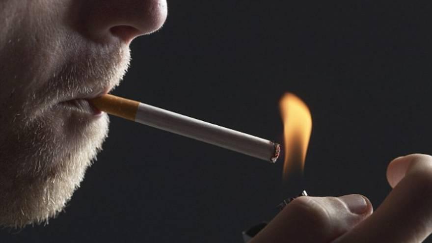 La nicotina es estimulante y puede causar insomnio