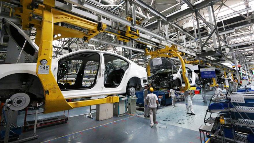 Las fábricas de auto, de vuelta al ruedo.