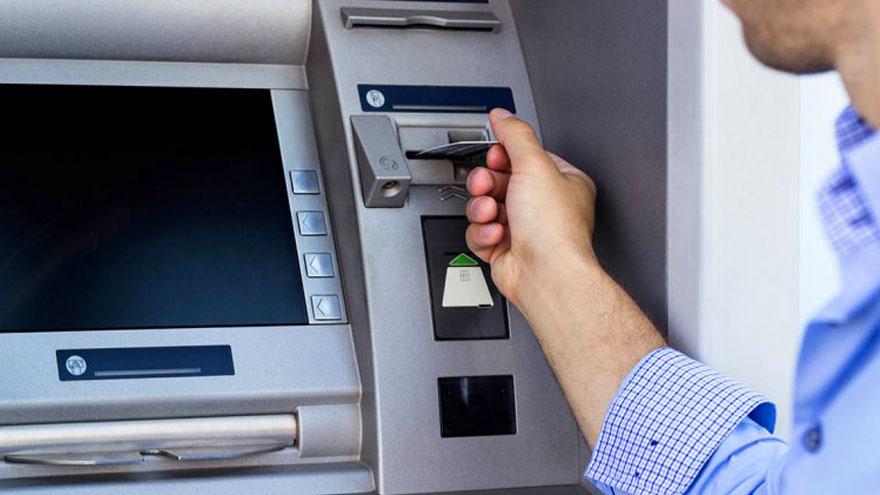 Cajeros automáticos: se busca facilitar la utilización.