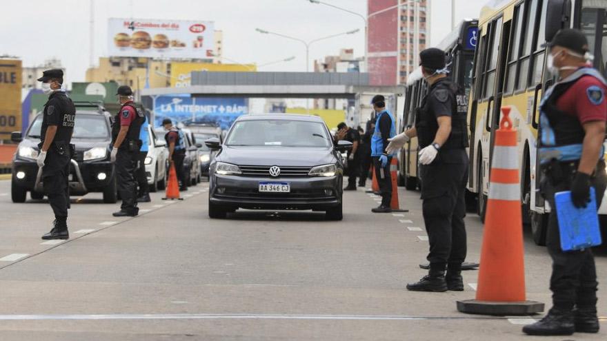 Los controles vehiculares en la Ciudad podrán detener a conductores de Uber.