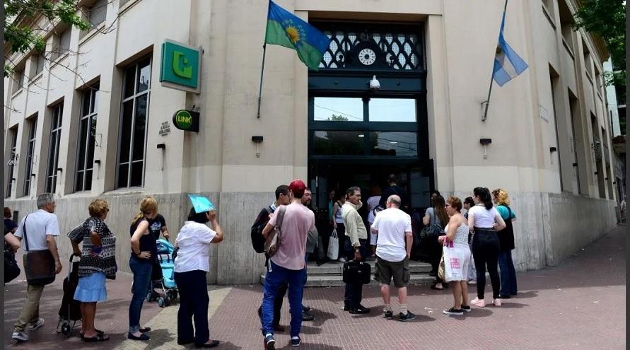 La falta de actividad económica por la cuarentena fuerza a que el bono Anses pueda volver a darse en mayo