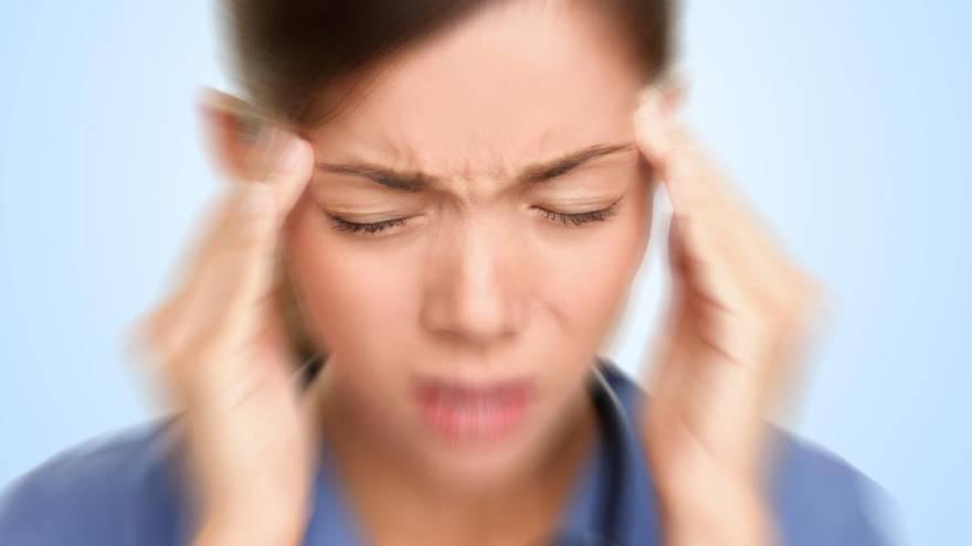 La cefalea es uno de los síntomas de ACV