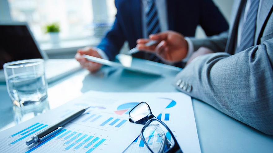 La decisión de una empresa de recurrir a un Acuerdo Preventivo Extrajudicial (APE) o un Concurso Preventivo en pos de reestructurar sus pasivos, no es simple