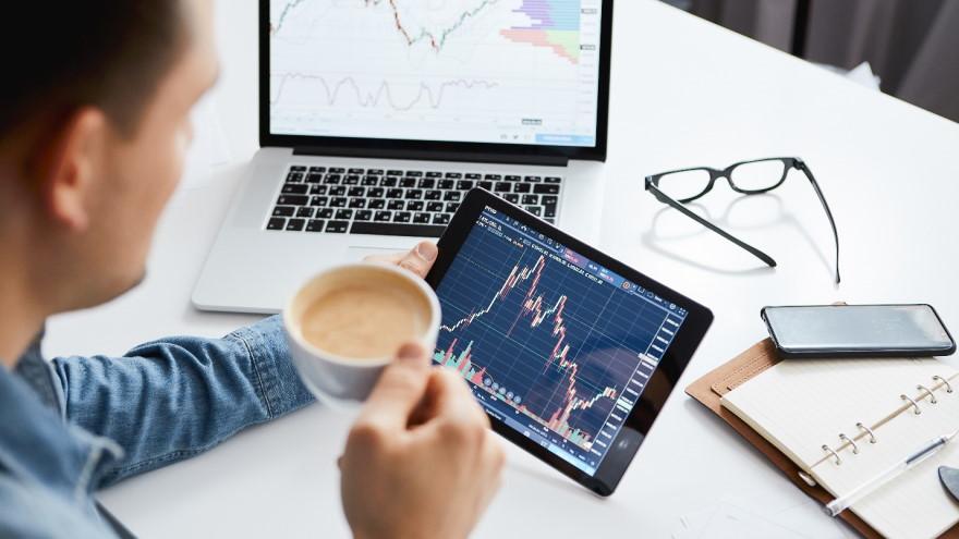 A las cajas de ahorro y cuentas corrientes se puede acceder online, pero ambas tienen diferencias en su utilización y en los productos que ofrecen
