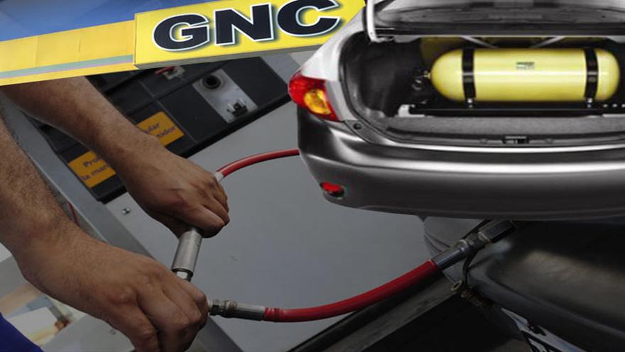 Por el aumento de nafta, conviene convertir el vehículo a GNC.