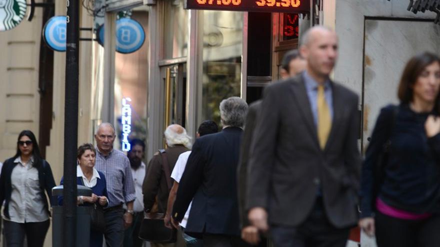 El blue volvió a ser la obsesión de la City financiera