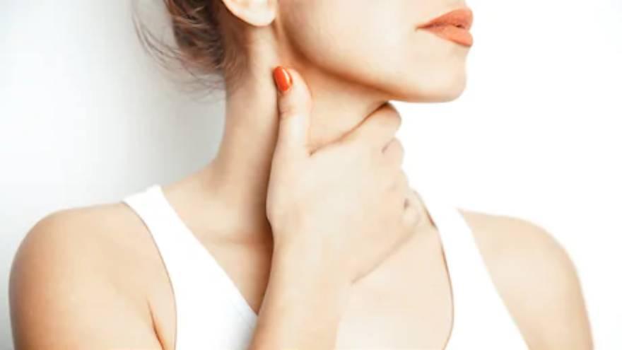 El dolor de gaganta puede aparecer como consecuencia de algunas afecciones