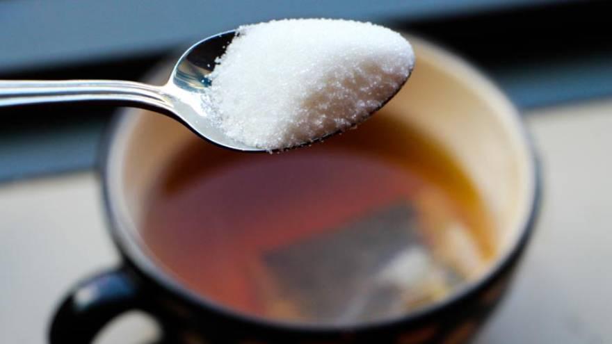 El azúcar refinado se utiliza para muchas preparaciones e infusiones