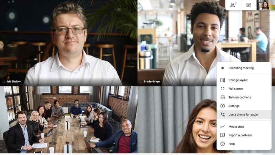Google Meet permite videoconferencias masivas.