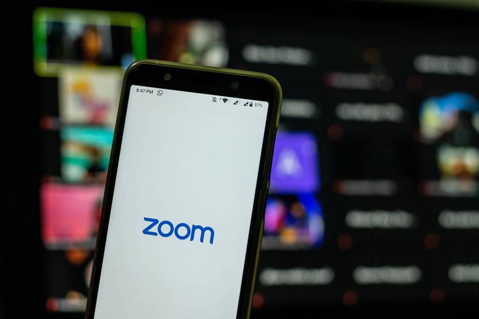 La versión paga de Zoom habilita múltiples opciones.