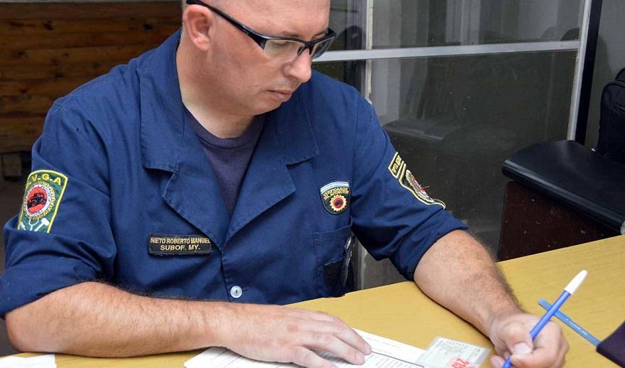 Verificación policial, clave para constatar el origen de un auto.