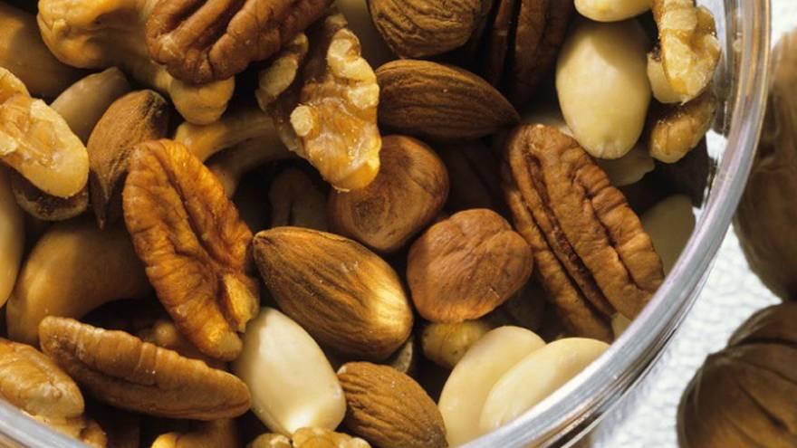 Los frutos secos aportan una gran cantidad de fibra
