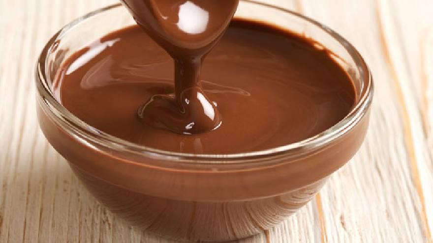 El chocolate es otro de los alimentos que no se debe meter en el microondas