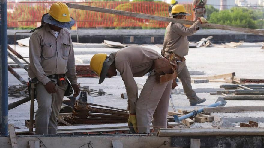 La construcción privada es una de las principales fuentes de trabajo en la Provincia.