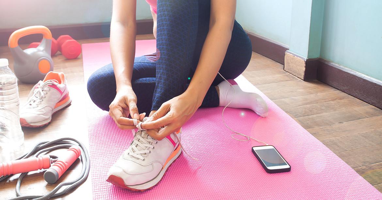 Uno de los consejos de la especialista es hacer ejercicio en casa, pero siempre en forma moderada