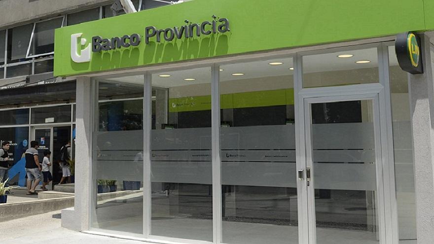 El Banco Provincia sigue trabajando con sistema de turnos y reforzó el abastecimiento de sus cajeros automáticos