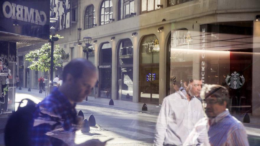La City porteña, con poco volumen de operaciones y gran volatilidad cambiaria