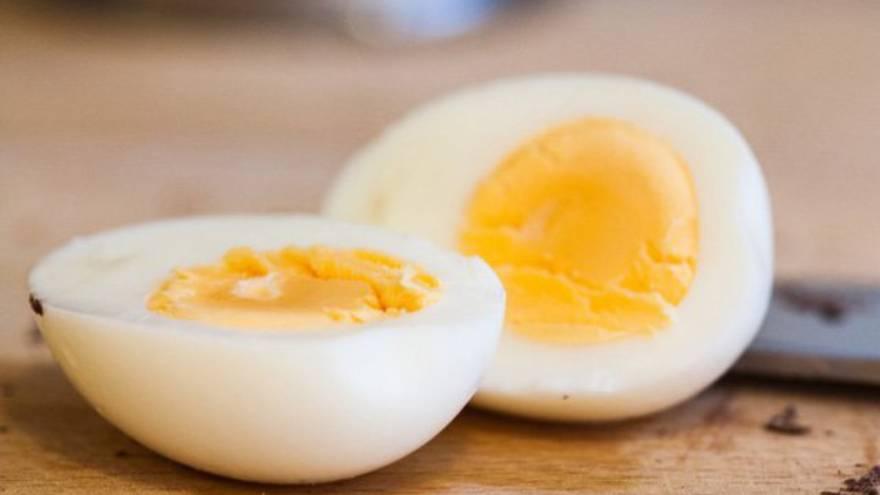 La yema de huevo tiene muchas propiedades, entre ellas el cuidado de la salud pulmonar