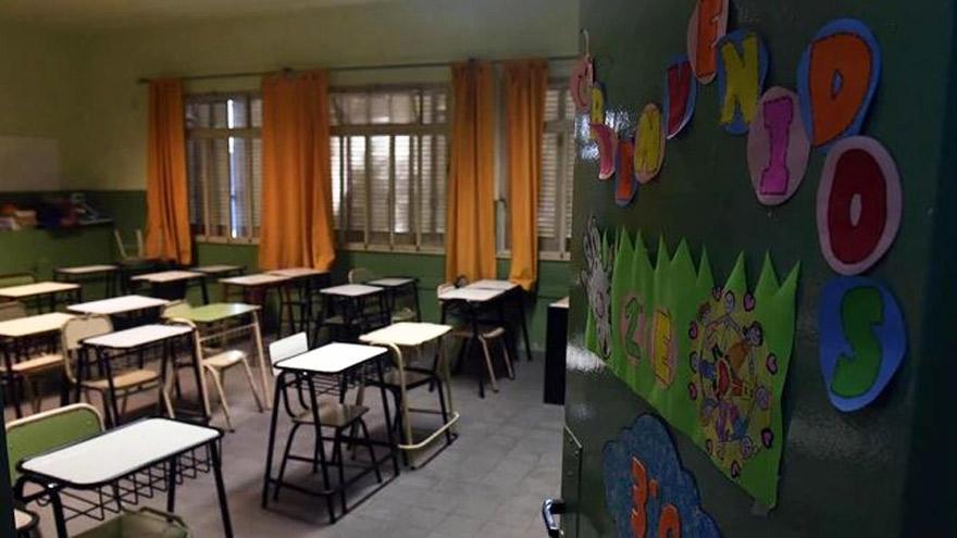Las escuelas se mantuvieron vacías por el coronavirus pero no modificarán el calendario