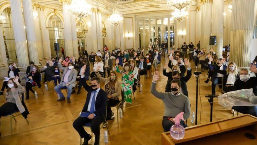 Legislatura porteña durante la votación de la Ley de Emergencia Económica y Financiera