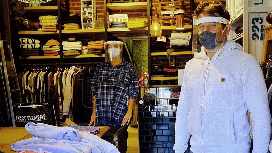 Las ventas en indumentaria y calzado se ubican hasta 40 por ciento por debajo de los números de 2019.