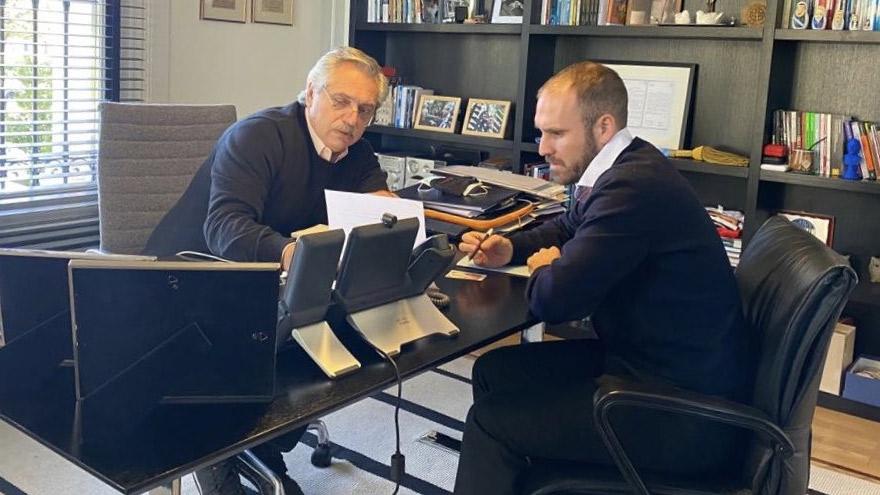 El ministro de Economía estuvo reunido con el jefe de Estado en la quinta presidencial de Olivos analizando la situación