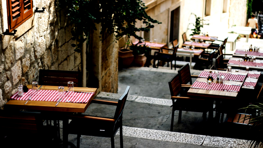 Los empresarios de la gastronomía apuntan a concentrar la atención fuera de los locales.