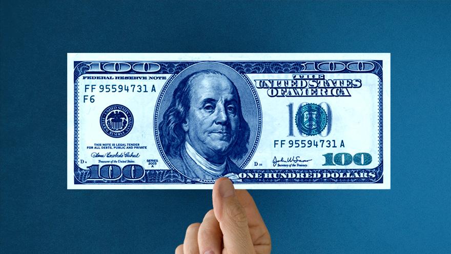 El precio del dólar blue, según los economistas, tenderá a subir y acrecentar la brecha con el oficial