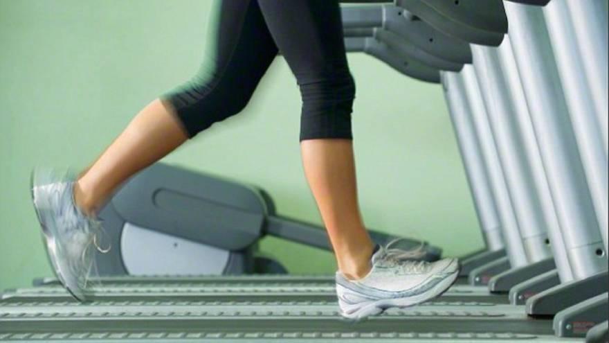 Hacer ejercicio es importante para complementar el descenso de peso