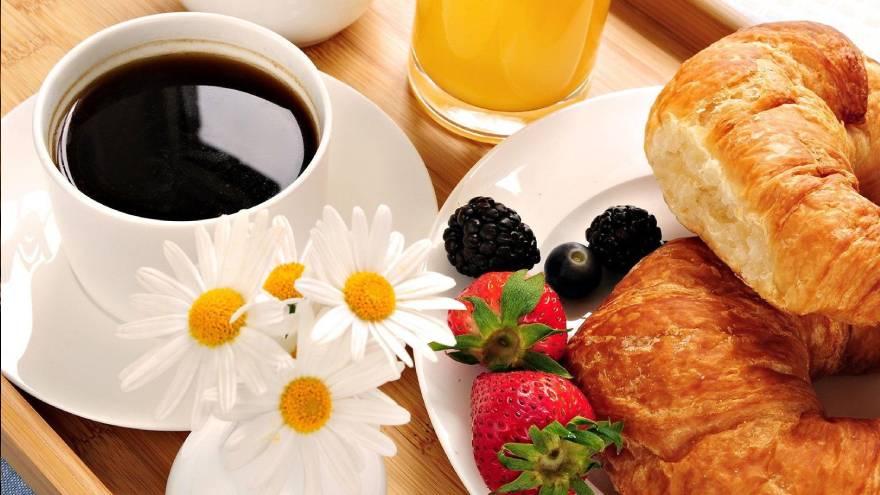 El sabor de algunos alimentos se puede ver alterado por el consumo de café