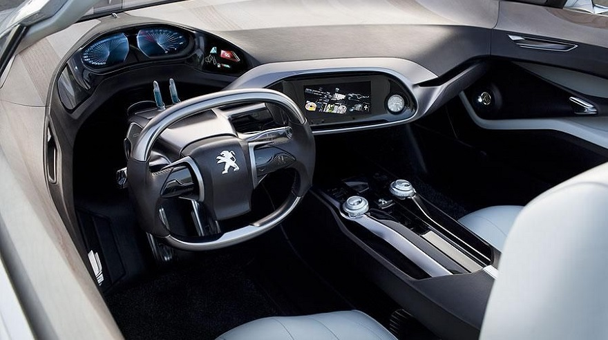 Así era por dentro puesto de manejo innovador de Peugeot en 2010.