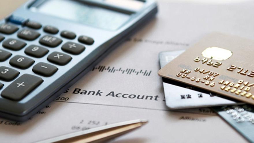 Recomiendan comparar la tasa de refinanciar la tarjeta con el resto de las deudas para decidir cuál privilegiar